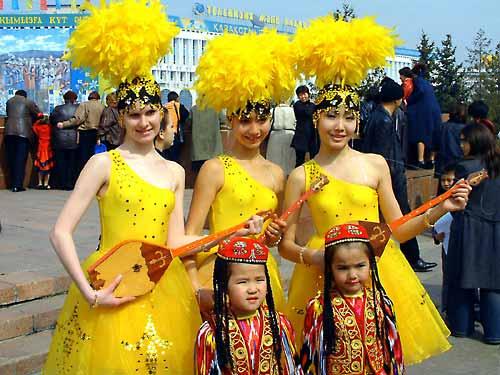 Главные традиции праздника Наурыз мейрамы изоражения
